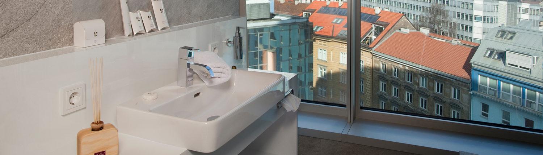 schmiedl-hotel-adlers-innsbruck-03-schmal